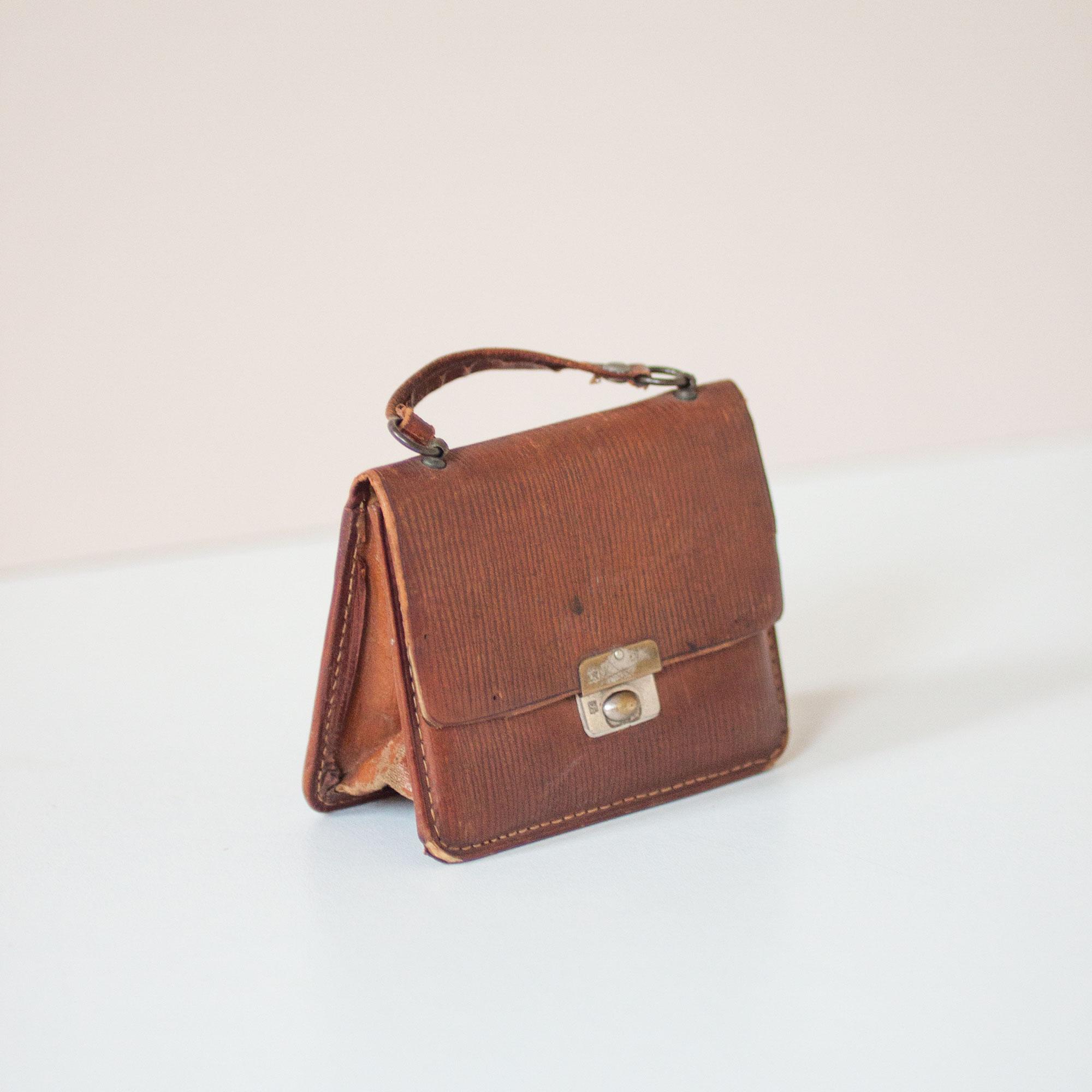 leather-miniature-handbook